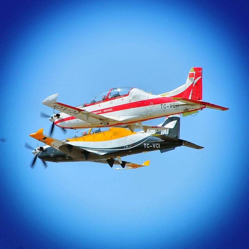 Türkiye'nin ilk temel eğitim uçağı TAI HÜRKUŞ